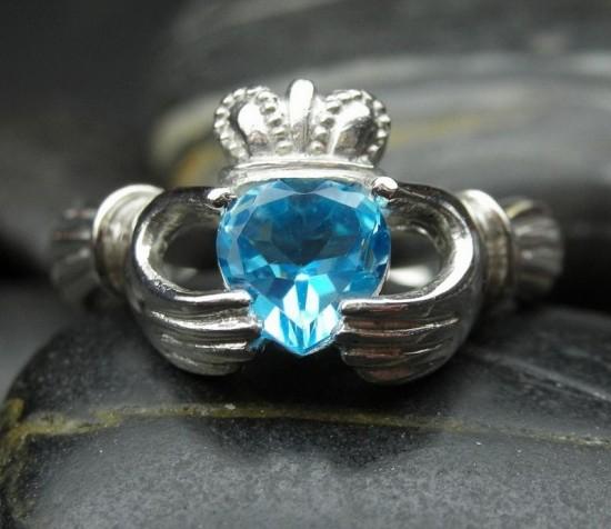 爱尔兰的传统婚戒:克拉达戒指-创意珠宝