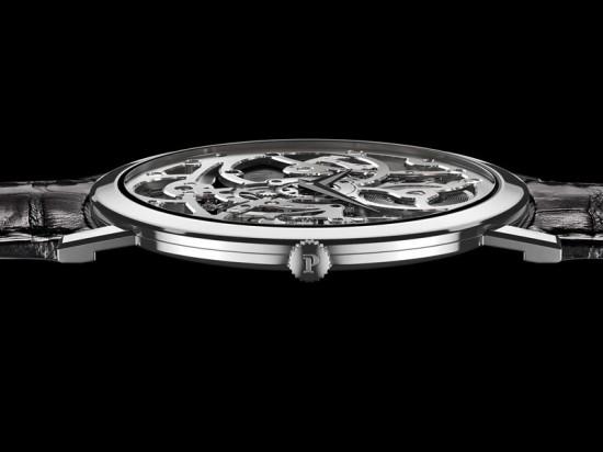 挑战极致工艺 伯爵全新Altiplano超薄镂空腕表-珠宝首饰展示图【行业经典】