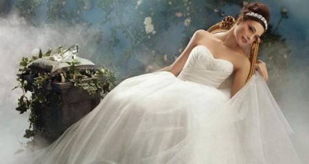 Disney联合Alfred Angelo推出童话婚纱珠宝-珠宝首饰展示图【行业经典】
