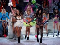 2011 Victoria's Secret(维多利亚的秘密)内衣秀-珠宝首饰展示图【行业经典】