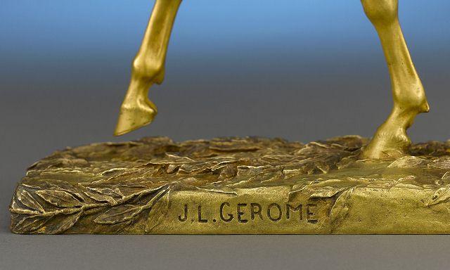 拿破仑进军开罗古董雕像-珠宝首饰展示图【行业经典】