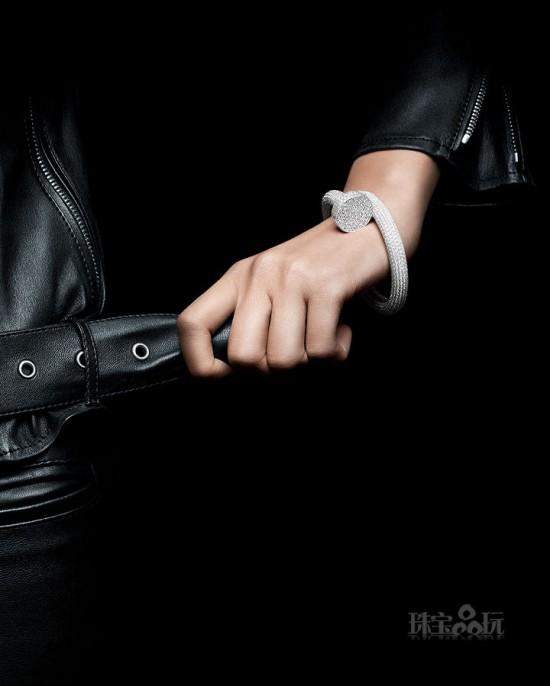 卡地亚Cartier全新满钻版Juste un Clou手镯-珠宝首饰展示【行业精选】