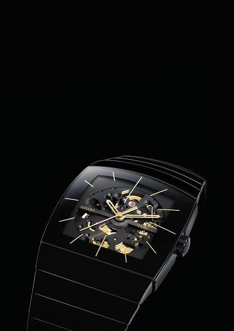 雷达推出银钻天文台镂空机械表与伊珊莎系列-珠宝首饰展示图【行业经典】