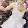 2000颗施华洛世奇水晶打造奢华连衣裙-珠宝首饰展示图【行业经典】
