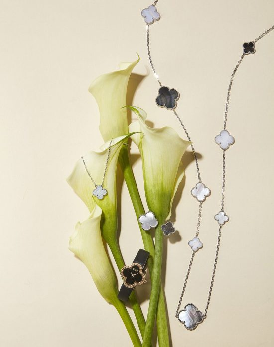 梵克雅宝(Van Cleef & Arpels):与幸运相伴-精美珠宝【秘密:适合高贵女人的珠宝】