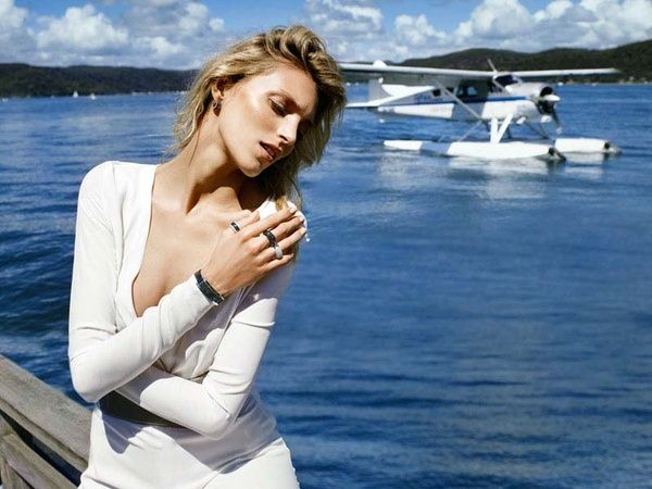 超模Anja Rubik拍摄Apart最新珠宝大片-珠宝首饰展示图【行业经典】
