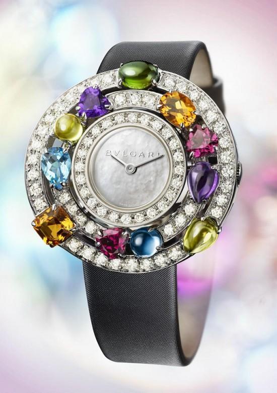 璀璨星空 Bvlgari推出全新Astrale彩宝腕表-珠宝首饰展示【行业精选】