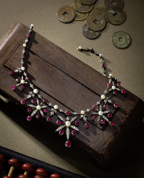 Bonhams《珍罕珠宝及翡翠》2016拍卖臻品欣赏