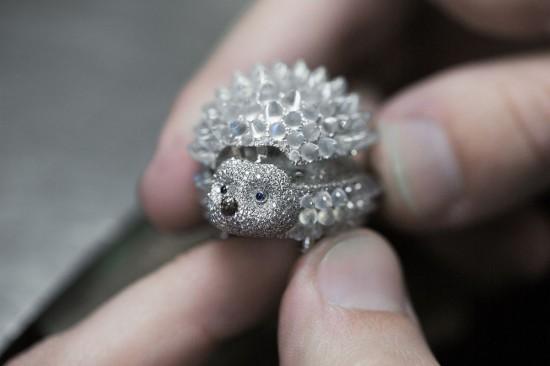 萌翻你的双眼 萧邦打造Hedgehog小刺猬珠宝腕表