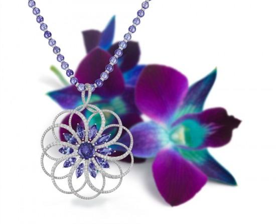 坦桑石:让人着迷的宝石-珠宝首饰展示图【行业经典】