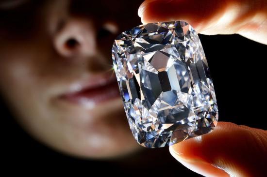 约瑟夫大公钻石(Archduke Joseph Diamond)-珠宝首饰展示图【行业经典】
