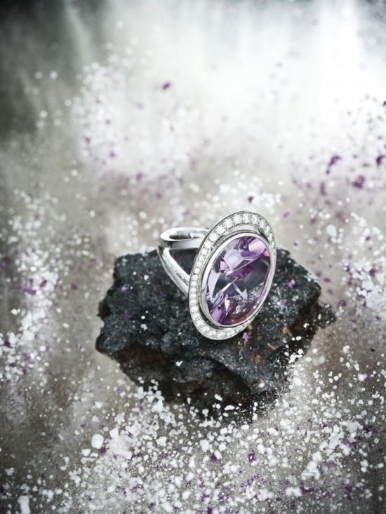 风暴中的珠宝-精美珠宝【秘密:适合高贵女人的珠宝】