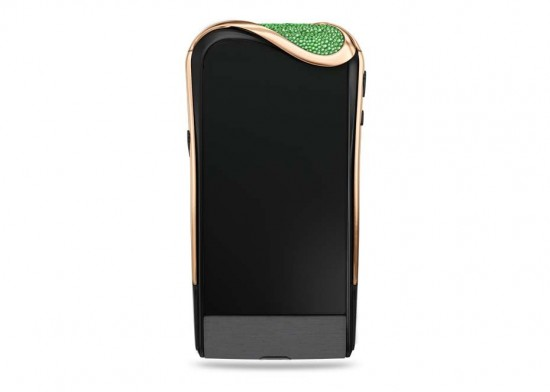 Savelli X Gemfields联手打造祖母绿奢华手机