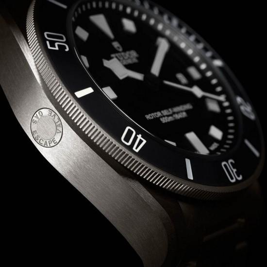 [Sponsored Video]探索神秘海洋 帝舵表(Tudor)Pelagos潜水腕表-珠宝首饰展示图【行业经典】
