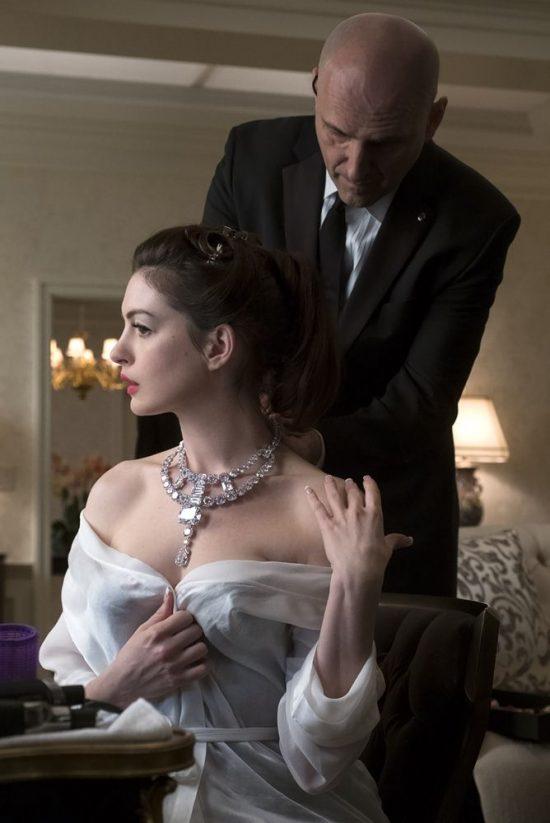 解析:好莱坞大片《瞒天过海:美人计》中的卡地亚珠宝