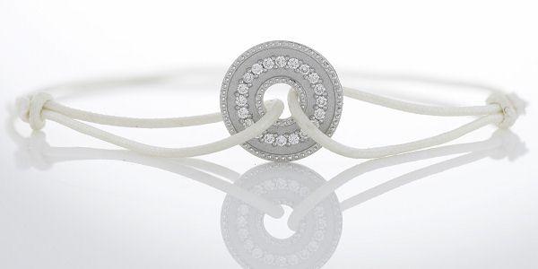 许愿币设计 De Beers Lucky Coins钻石吊坠系列-珠宝首饰展示图【行业经典】