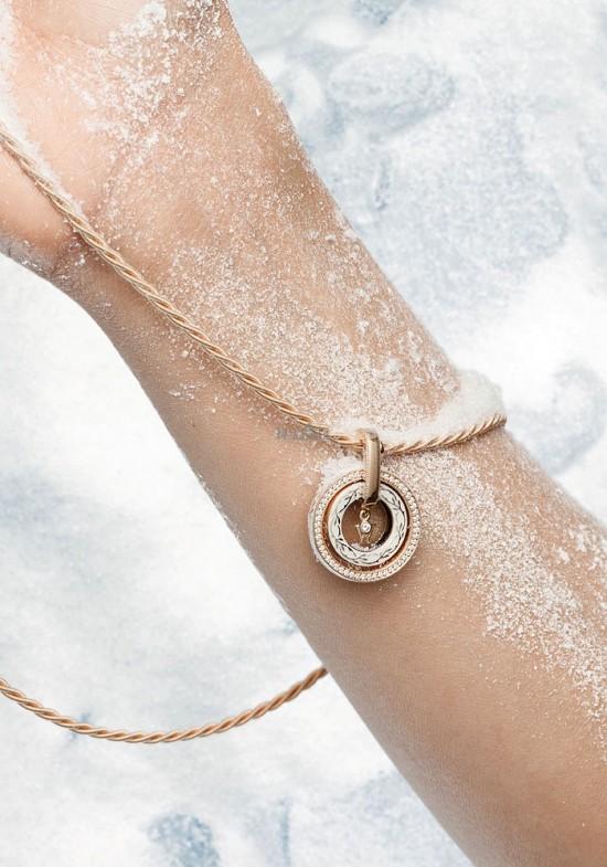 用珠宝妆点冰雪圣诞-精美珠宝【秘密:适合高贵女人的珠宝】