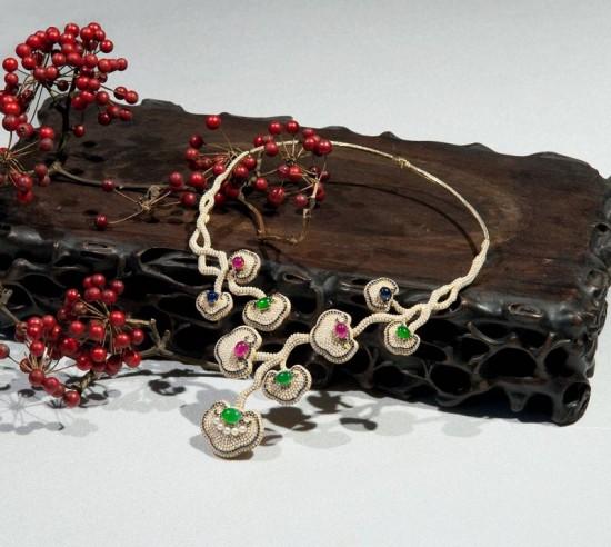 朱的宝饰:国宝戴上街 珠宝说故事-精美珠宝【秘密:适合高贵女人的珠宝】