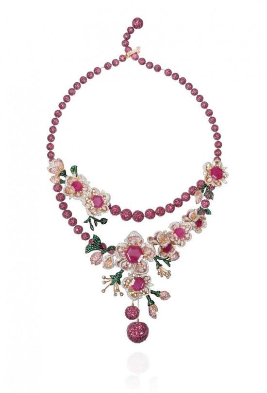 Gemfields花卉珠宝:绽放绚丽瞬间-珠宝设计【哇!行业大师灵魂之作】