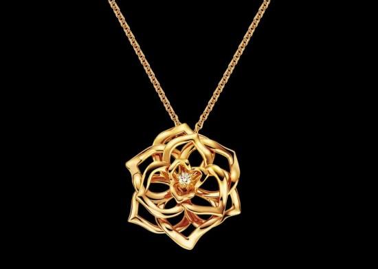 PIAGET:生生不息的玫瑰园-精美珠宝【秘密:适合高贵女人的珠宝】