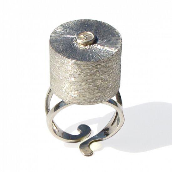 意大利珠宝设计师:Arosha Luigi Taglia-珠宝设计【哇!行业大师灵魂之作】