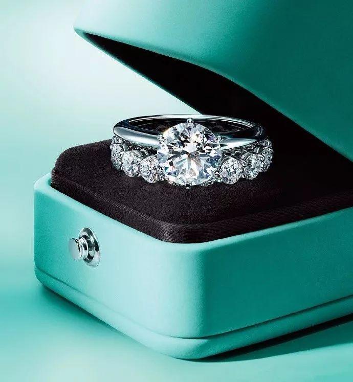 钻石怎么保养?钻石保养5个简单有效的小常识