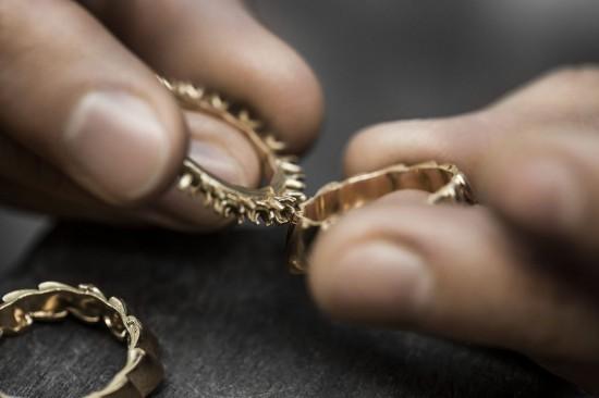 Christian Dior:建筑=时装=珠宝-精美珠宝【秘密:适合高贵女人的珠宝】
