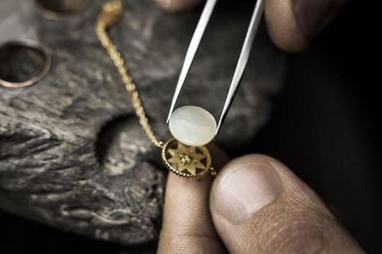 Dior Rose des Vents:神秘的幸运图腾-精美珠宝【秘密:适合高贵女人的珠宝】
