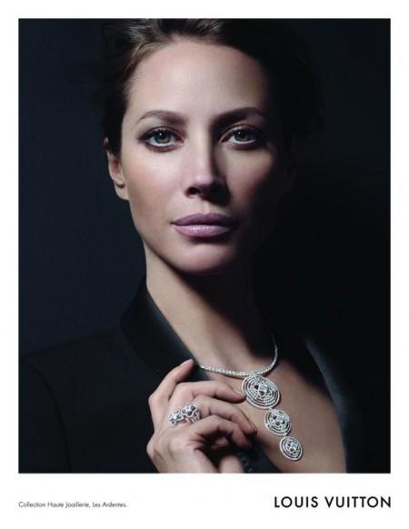 Louis Vuitton路易威登2011秋冬珠宝广告大片-珠宝首饰展示【行业精选】