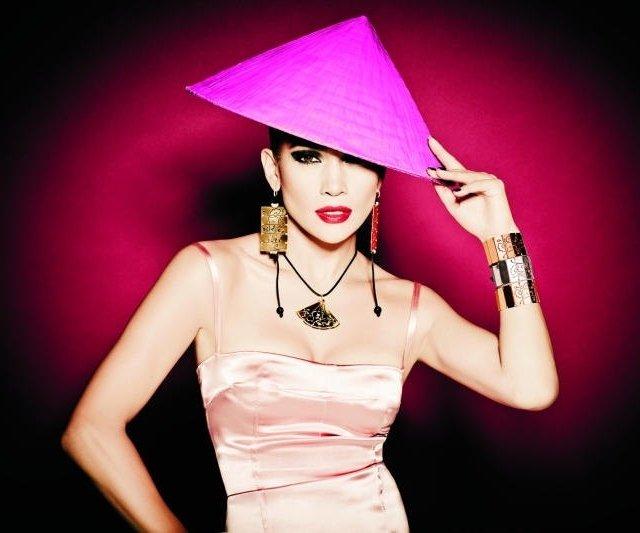 珍妮弗•洛佩兹(Jennifer Lopez)演绎TOUS 2011春夏珠宝大片-珠宝首饰展示【行业精选】