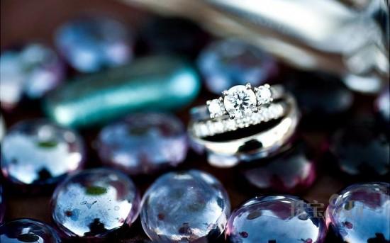婚戒:真诚之环Betrothal Ring(二)-精美珠宝【秘密:适合高贵女人的珠宝】