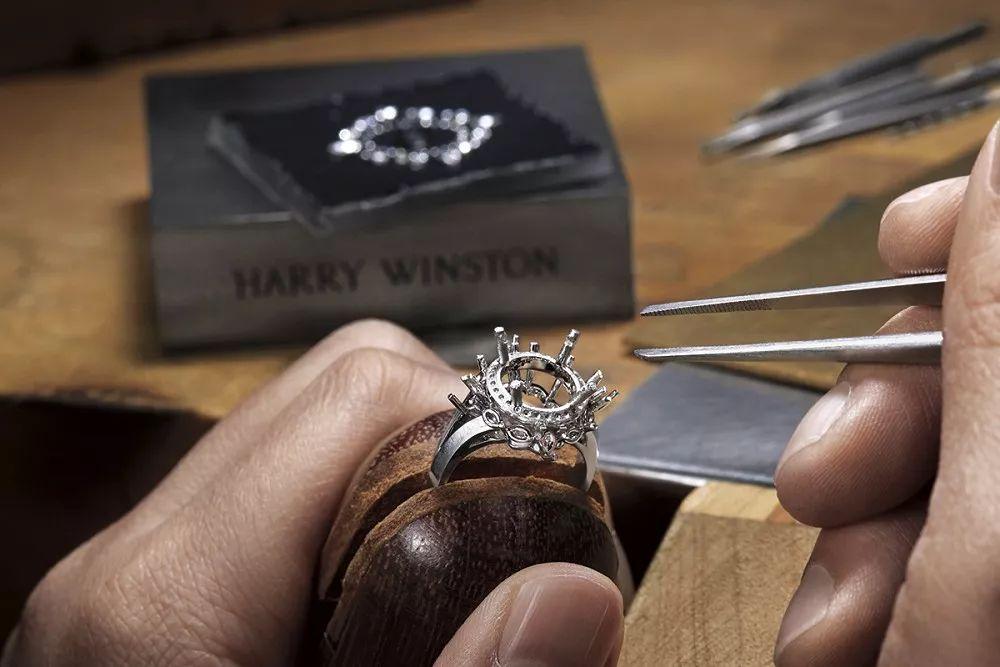 婚纱礼服中的灵感,海瑞温斯顿新款婚戒来了!