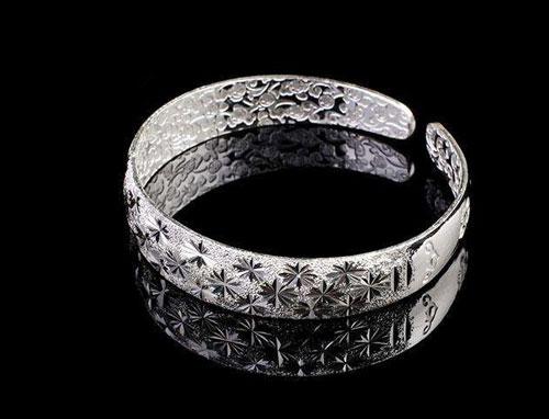 银饰好处,银饰保养,银饰