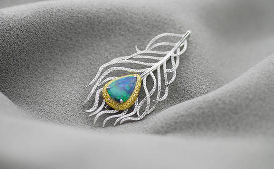 欧泊缘何成为珠宝设计师青睐宝石?一起来揭秘欧泊神秘面纱!