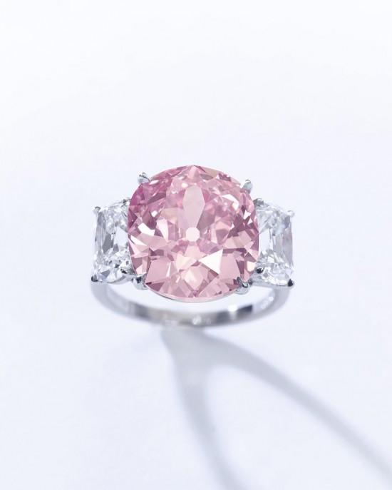 重达8.72克拉的罕见粉红钻石