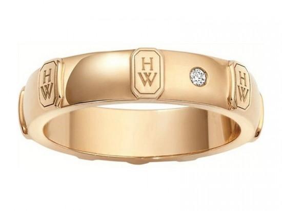 """瑞温斯顿(Harry Winston)全新""""H.W.""""Logo婚戒系列"""