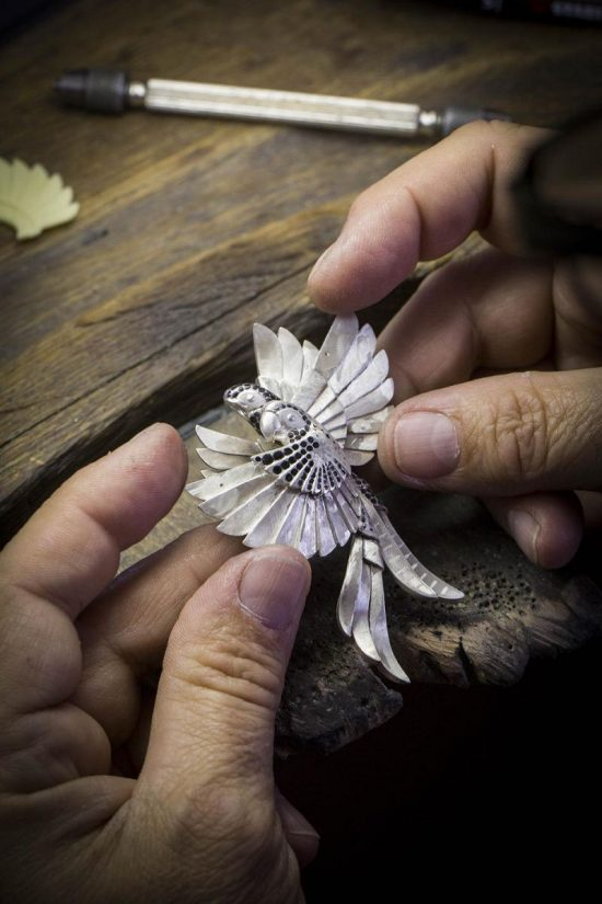 梵克雅宝邀你登上诺亚方舟 开启奇幻之旅-精美珠宝【秘密:适合高贵女人的珠宝】