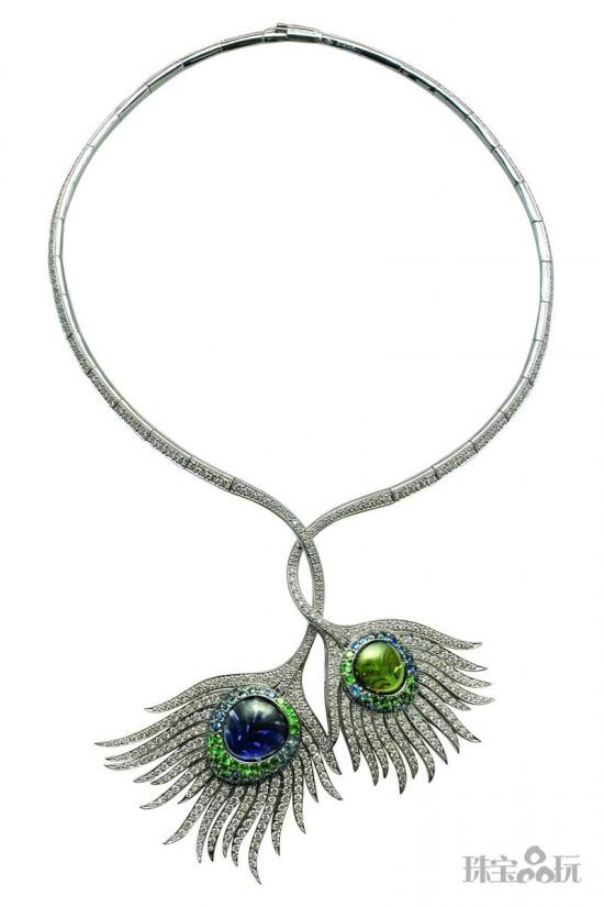 天生丽质 孔雀珠宝演绎冷艳之美