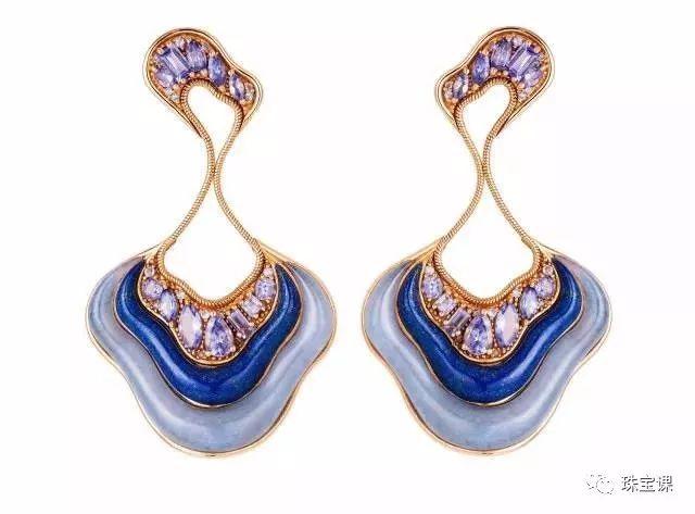 青金石、蓝玉髓、紫色蓝宝石耳环