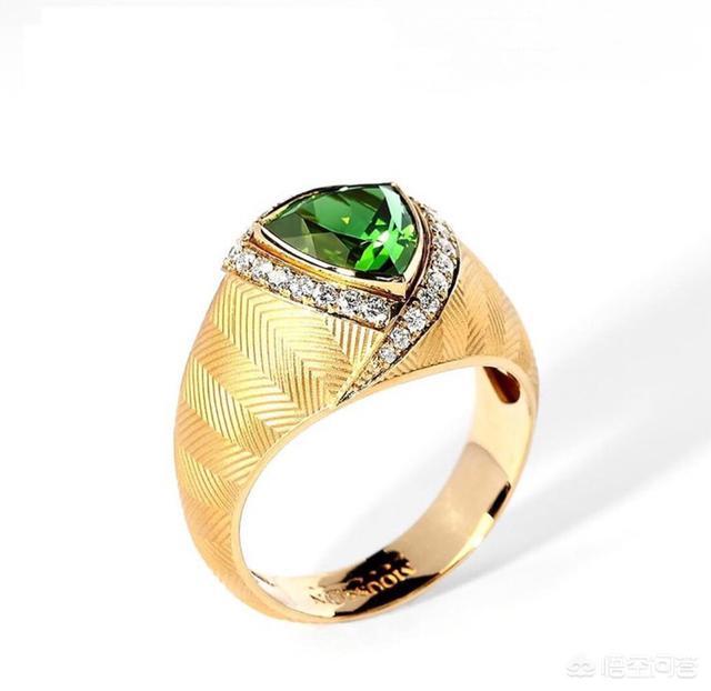 黄金项链印记不是钢印,像是激光打的,这样的项链是假的吗?【揭秘】