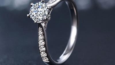 黄金婚嫁首饰有哪些 结婚钻戒款式