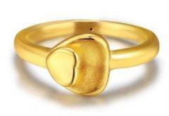 为什么黄金戒指上面有小孔?黄金戒指内侧有小孔【正常】