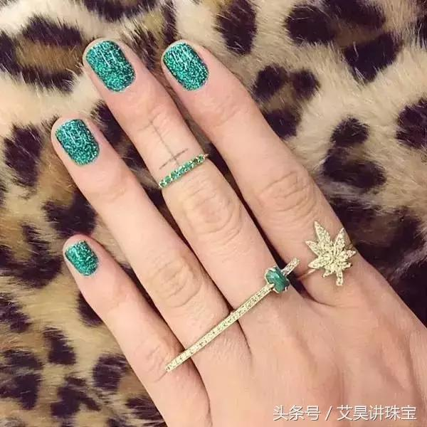 珠宝知识147:佩戴篇(一)戒指叠戴的魅力