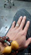 黄金戒指和钻戒能一起戴吗?【黄金戒指跟钻戒戴一起终极回答】
