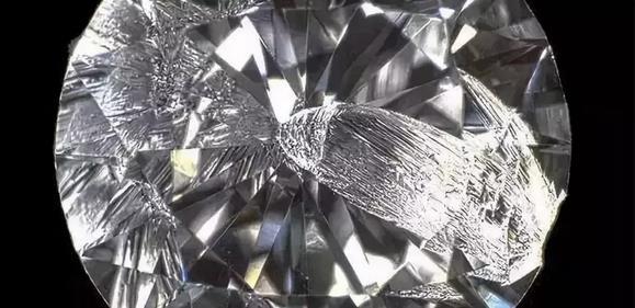 钻石会摔碎