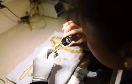 黄金首饰加工流程:以色列进口的蒸汽机