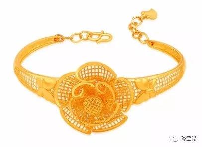 黄金手镯花纹寓意:牡丹花手镯