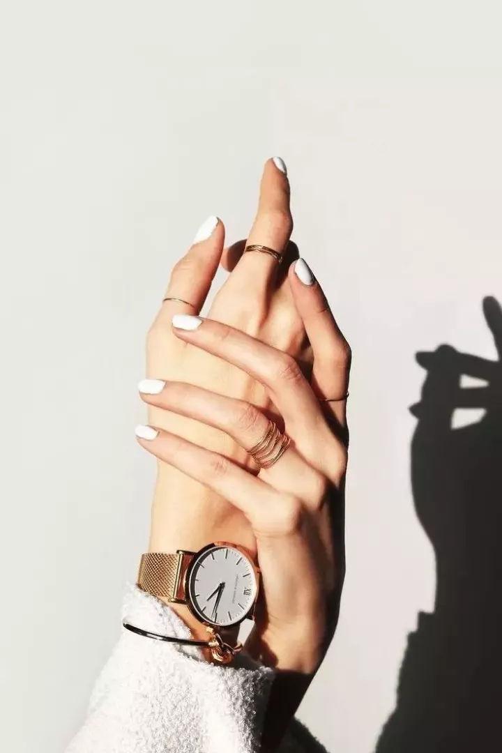 K金戒指叠戴法则,时尚必备技能!【时尚戒指佩戴】