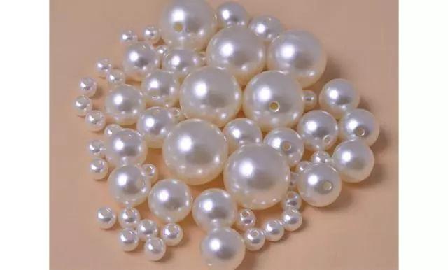1分钟学会分辨珍珠真假和好坏!【鉴定师透露的独门绝招】