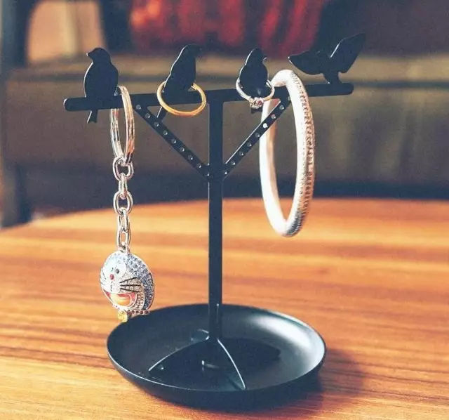 不要用自来水清洗珍珠饰品